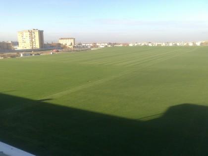 Panorámica de los campos de fútbol, ya con el césped en excelentes condiciones
