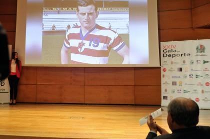 Luis Oruezábal sobre la pantalla