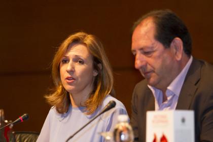 Poli Servian, de Caja Rural, y Antonio Rodríguez, presidente de la AEPD Granada