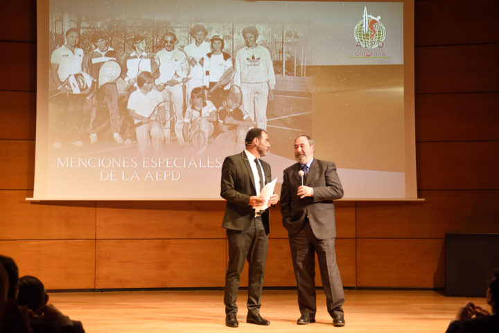 El presidente de la RST, Rafael Peregrín, en el homenaje por el centenario del club
