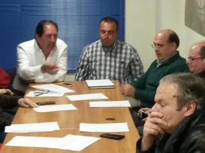 Antonio Rodríguez, presidente, y Pablo Quílez, secretario, se dirigen a los Asociados presentes en la Asamblea
