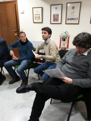 Víctor Romero atiende a la propuesta de Vicente Gomariz