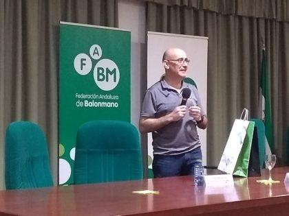 Charla magistral con Jordi Ribera, seleccionador nacional de balonmano, en la Facultad del Deporte