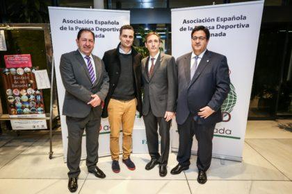 Nacho Ordín entre Antonio Rodríguez, Víctor Romero y Juan José Fernández