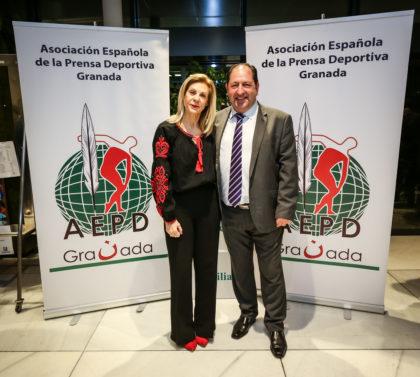 Los consejera delegada de Cetursa con Antonio Rodríguez