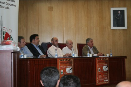 Mesa del debate: Justo Ruiz, Juan José Fernández, Gerardo Morales, Gerardo Girón y José Manuel Molina Maza