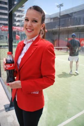 Pádel y Coca Cola en el Centro Deportivo 02
