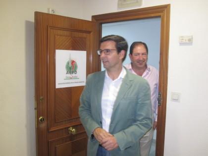 Paco Cuenca a la llegada a la sede