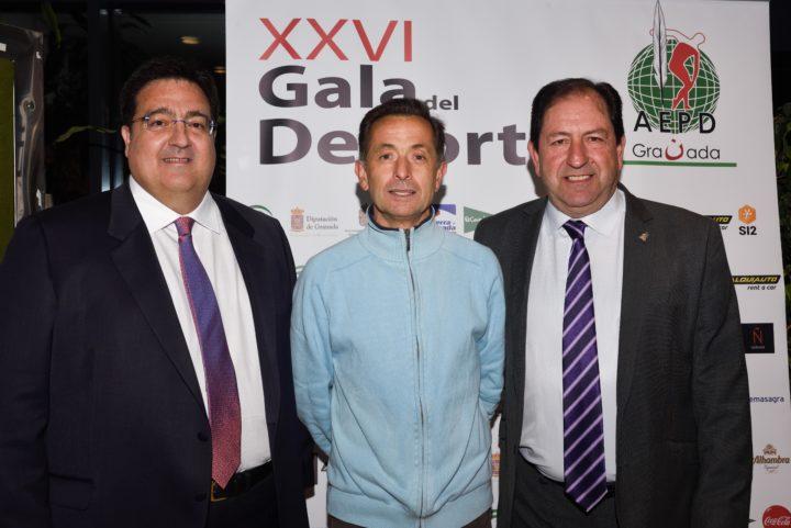 José Esteban Montiel con Juan José Fernández y Antonio Rodríguez