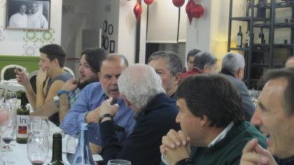 José Manuel Luque conversa con Gerardo Girón