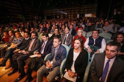 De derecha a izquierda, primera fila: Julio Piñero, Susana Vargas, Nacho Pérez, Federico Sánchez, Carlos Hernández, Eduardo Castillo, Purificación López, Julián Redondo y Sandra García