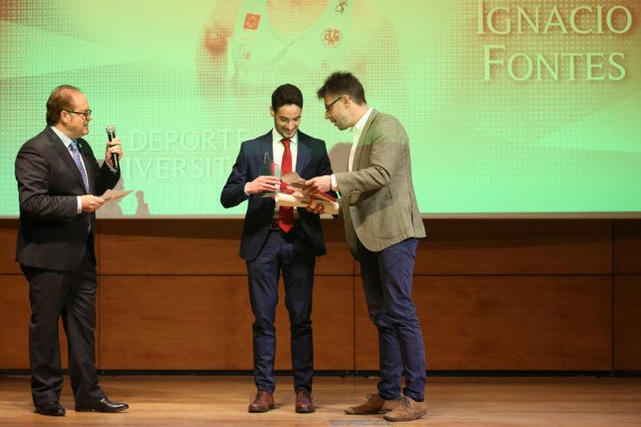 Ignacio Fontes recoge el Premio al Mejor Deportista Universitario