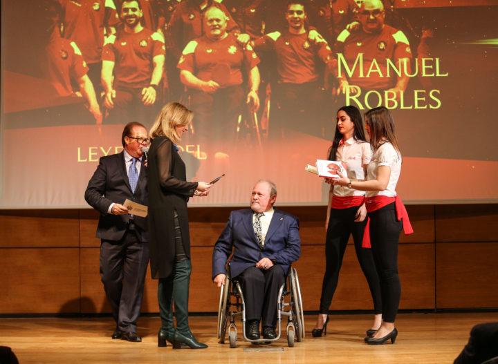 Manuel Robles, Leyenda del Deporte