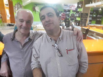 El propietario de la Taberna, Manuel García Bueno, y Quilez