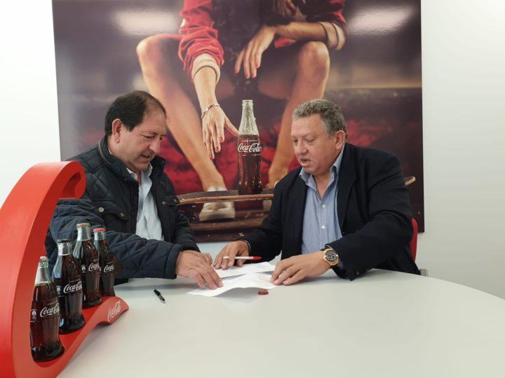 Intercambio de documentos para firmar la colaboración entre las entidades