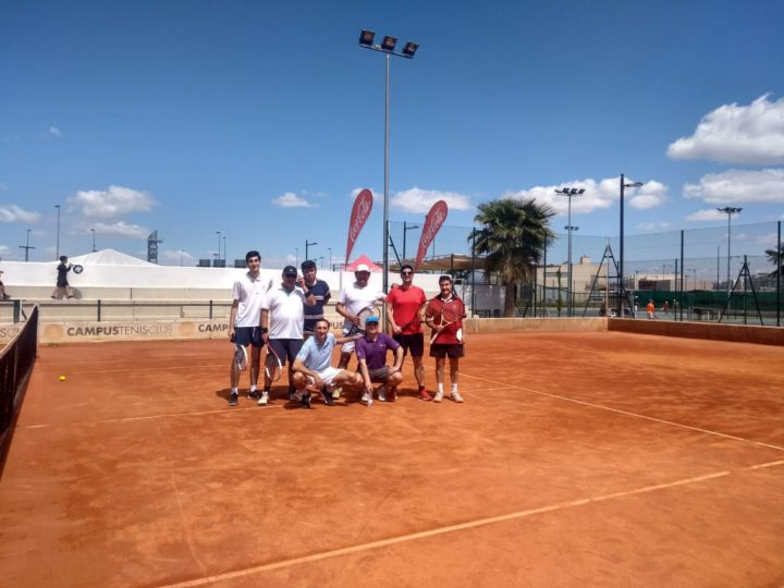 Posado de los participantes en el torneo
